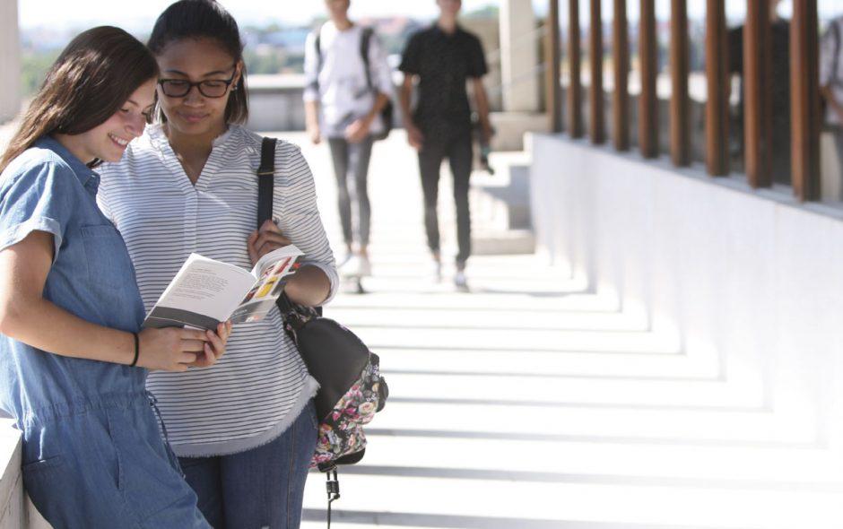 Print oder digital: Lesen heute